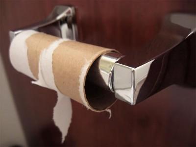 empty-toilet-paper