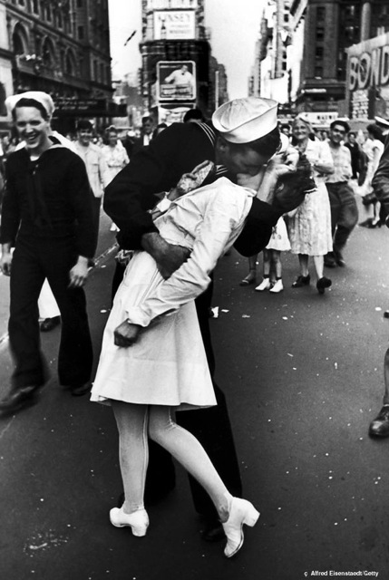 The Kissing Sailor Photograph: An Iconic Image of War, Not Romance ...