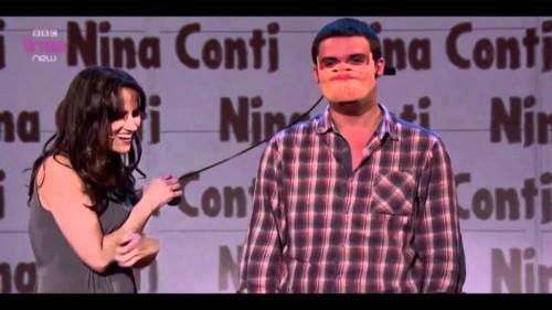 Nina Conti (www.youtube.com)