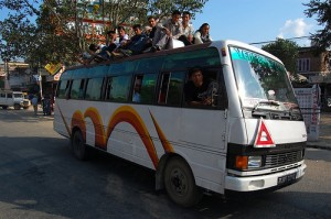 Photo of a bus in Nepal taken by Lev Yakupov via flickr.com